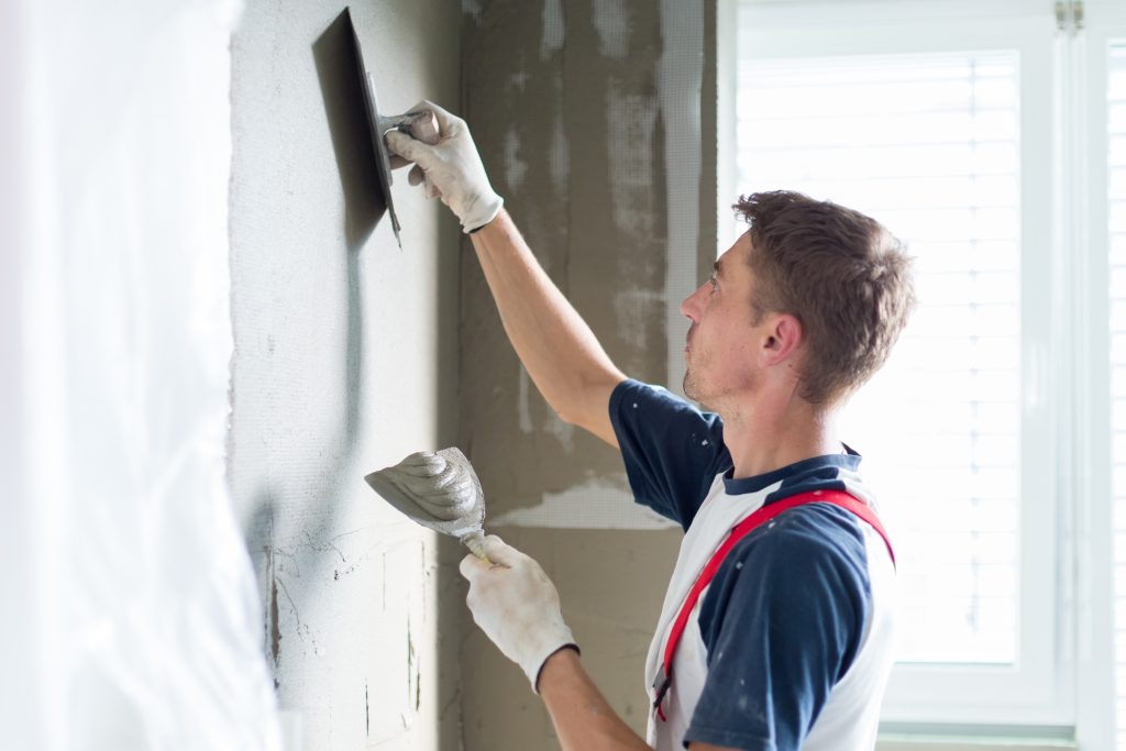 What To Look For When Plastering Your Home Renovation
