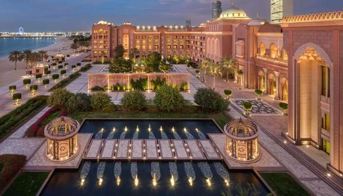 Top 6 Tips for Planning a Magical Couple's Getaway in Abu Dhabi